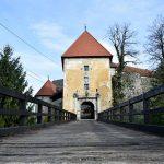 5837_Stari-grad-Ozalj_ulazna-kula-sa-mostom