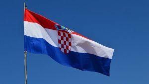 zastava-republike-hrvatske-150-x95-cm-slika-99941042-080620180904106050